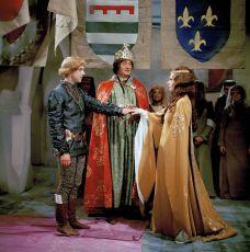 Poslední královna (1974) [TV inscenace]