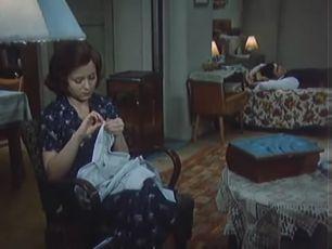 Vrah se skrývá v poli (1975) [TV epizoda]