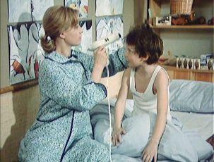 Jak vytrhnout velrybě stoličku (1977) [TV film]