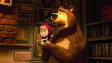 Máša a medvěd: Jak se potkali (2009) [TV film]