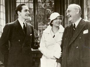 Strangers in Love (1932)