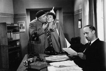Um eine Nasenlänge (1949)