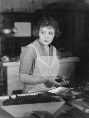 Děvče z tabákové továrny (1928)