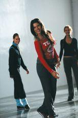 Alive (2004)