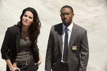 Rizzoli & Isles - Vraždy na pitevně (2010) [TV seriál]