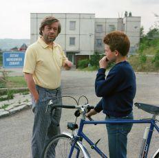 Malé dějiny jedné rodiny (1988) [TV seriál]