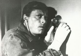 Tajemnica starego ogrodu (1983)