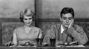 Nikdo nevolá (1960)