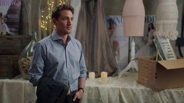 Jíst, pít a vdát se (2019) [TV film]