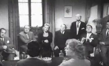 Přicházejí dolary (1957)