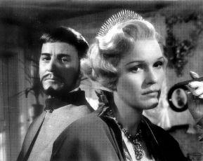 Úsměvy letní noci (1955)