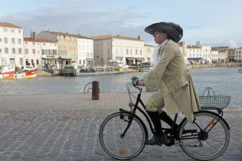S Molièrem na kole (2012) [2k digital]
