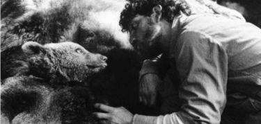 Medvěd (1988)