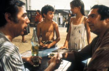 Čarodějná láska (1986)