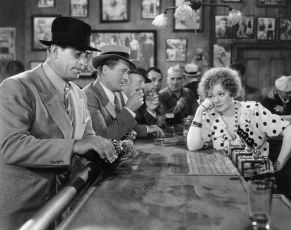 Under Pressure (1935)