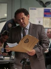 Lovci zločinců (2011) [TV seriál]