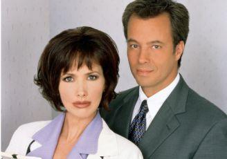 Křižovatky medicíny (2000) [TV seriál]
