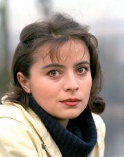 Revue za šest korun (1985) [TV film]