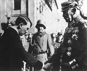 Adolf Hitler a Paul von Hindenburg