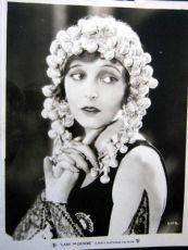 Dáma v hermelínu (1927)