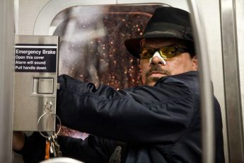 Únos vlaku 1 2 3 (2009)