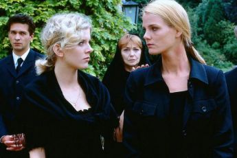 Dvě sestry (1997) [TV film]
