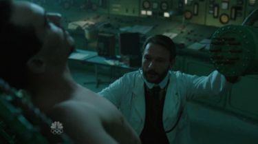 Drákula (2013) [TV seriál]
