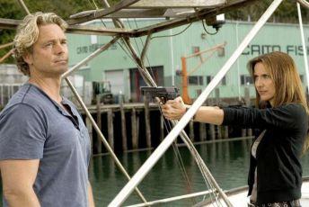 Invaze žraloků (2008) [TV film]