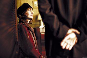 Příliš důvěrná tajemství (2004)