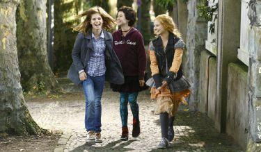 Upíří sestry (2012)