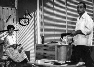 Nahý diplomat (1963)
