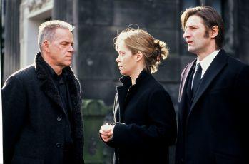 Mrtvý nebo živý (2003) [TV epizoda]
