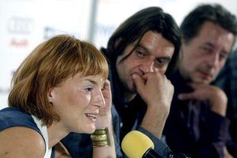 Herečka Lenka Krobotová, herec Ivan Franěk a scenárista Martin Němec (T.M.A.)