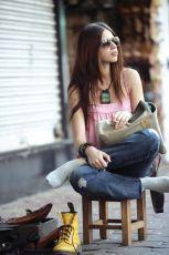 Dívka ve žlutých botách (2010)