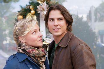 Vánoce s Holly (2012) [TV film]