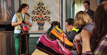 Jak je důležité zavazovat si tkaničky sám? (2011)