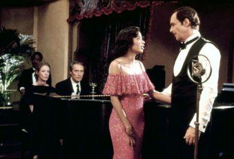V žáru velkoměsta (1984)