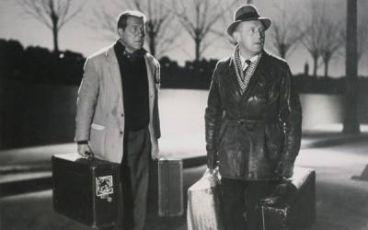 Napříč Paříží (1956)