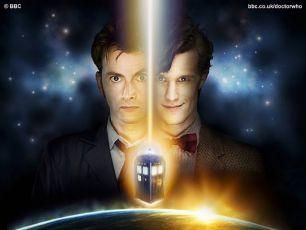 David Tennant jako Desátý Doktor + Matt Smith jako Jedenáctý Doktor