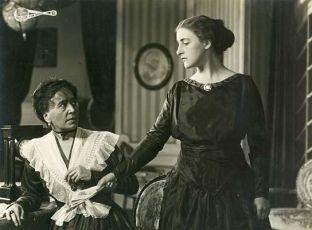 Christa Hartungen (1917)