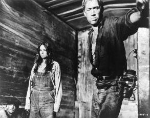 Bertha z dobytčáku (1972)