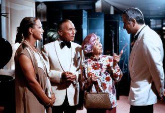 Mrs. Harris - Der geschmuggelte Henry (1985) [TV film]