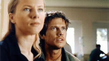 Tsunami (2005) [TV film]