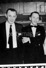 "Podboss rodiny ""Gambino"" Aniello John ""Mr. Neil"" Dellacroce a Frank Sinatra"