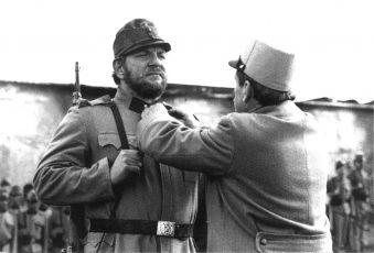 Vlado Müller (kaprál Hoferik), Ilja Prachař (generál Berger)
