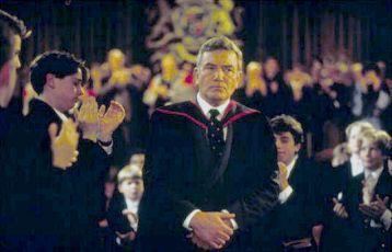 Profesor odchází (1994)