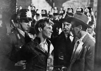 Stopa vede do Berlína (1952)
