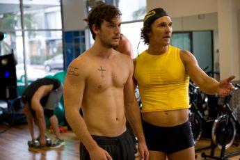 Bez kalhot (2012)
