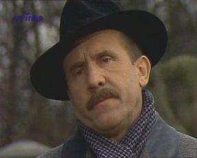 V tomhle zámku straší, šéfe! (1989) [TV film]