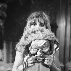 Noc s mačkou (1970)